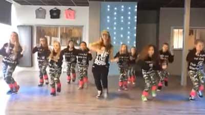 Uptown-Funk-Easy-Kids-Dance